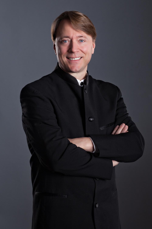 Glen Adsit headshot